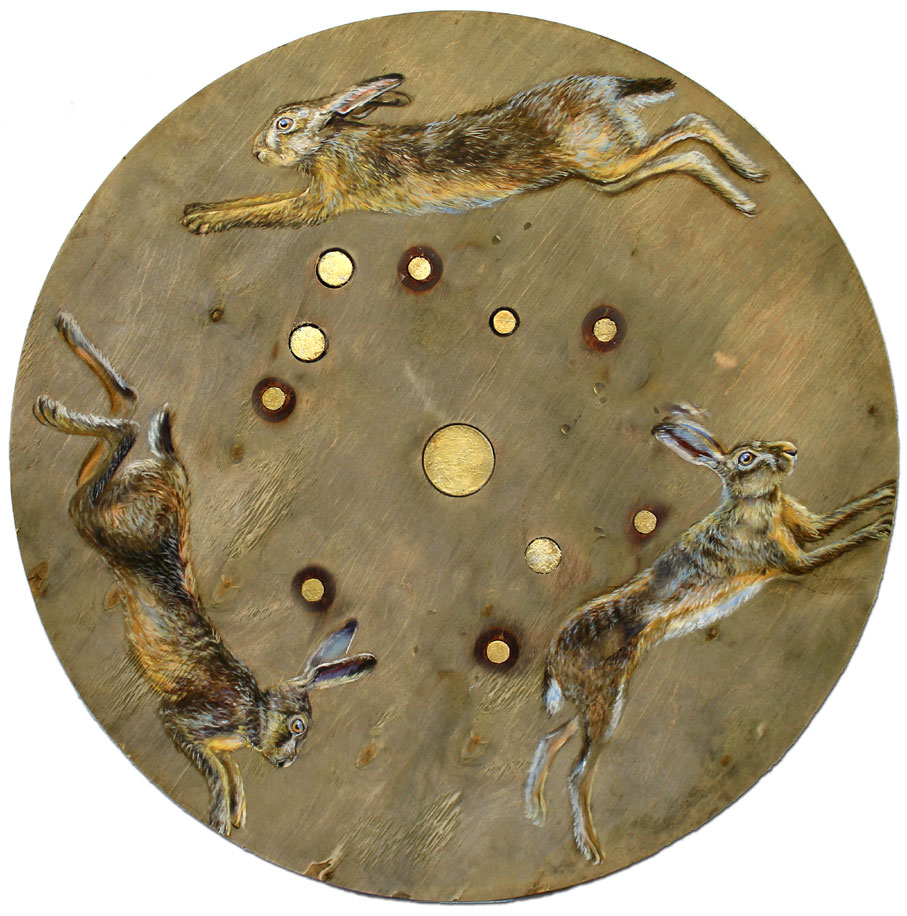 Lepus' Oil on reclaimed wood. Diameter 75cm - Tanya Hinton