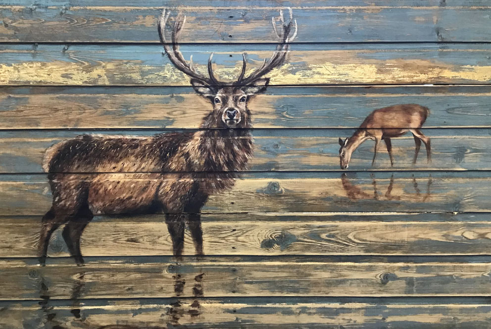 'Lord of the Loch' oil and gold leaf on wood panel 180x90cm - Tanya Hinton